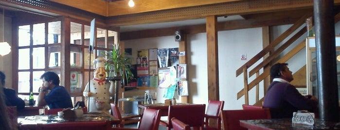 Café Moro is one of Alvaro 님이 저장한 장소.
