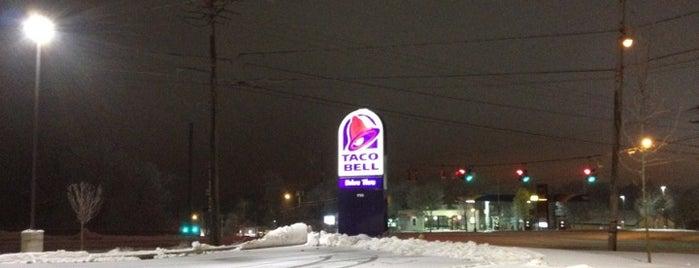 Taco Bell is one of Kyle 님이 좋아한 장소.