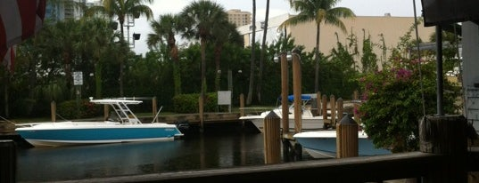 The Pirate Republic Seafood & Grill is one of Coral Springs.