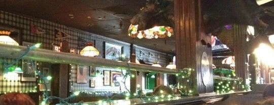 Brennan's Bowery Bar & Restaurant is one of Sara'nın Beğendiği Mekanlar.