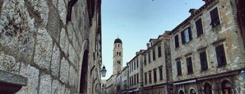 Altstadt is one of Orte, die Sadalmelek gefallen.