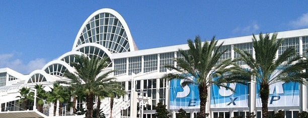 Orange County Convention Center (OCCC) is one of Locais curtidos por Steve.