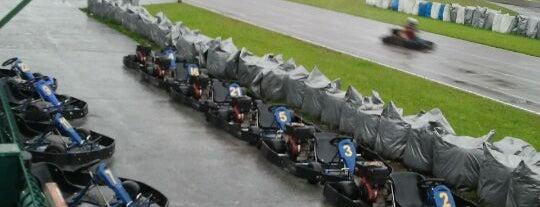 Raceland Internacional is one of Tempat yang Disukai Henrique.