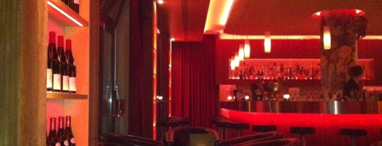 Bellini Lounge is one of Bars to discover.