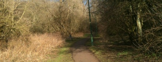 Great Aycliffe Walk is one of Lieux qui ont plu à Carl.