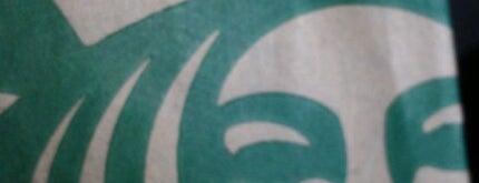 Starbucks is one of Chris'in Beğendiği Mekanlar.