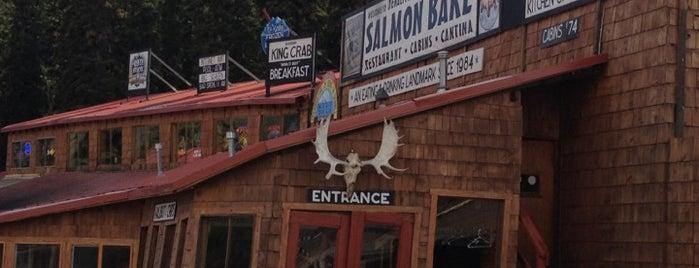 Denali Park Salmon Bake is one of Tempat yang Disukai Ritika.