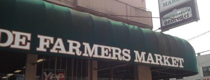 Parkside Farmer's Market is one of Posti che sono piaciuti a Thom.