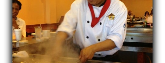 Takara Grill & Sushi is one of Tempat yang Disukai Gisele.