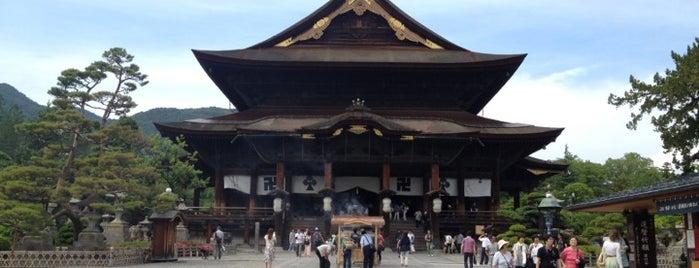 Zenkoji Temple is one of Masahiro'nun Beğendiği Mekanlar.