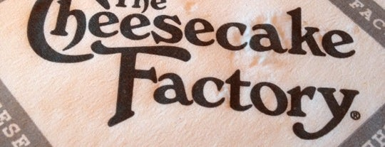 The Cheesecake Factory is one of Lugares favoitos.