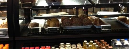 Starbucks is one of Locais curtidos por Drew.