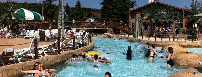 Camelbeach Mountain Waterpark is one of Day Trips.