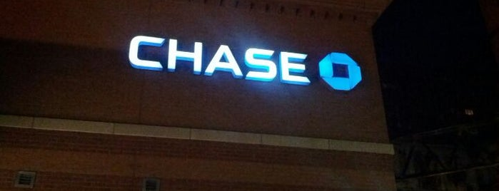 Chase Bank is one of Juan's Liked Places.