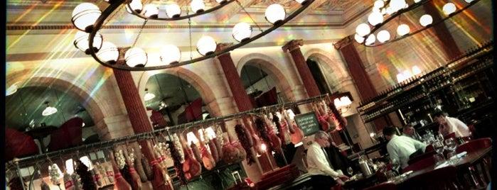 Jamie's Wine Bar is one of Tempat yang Disukai Henry.