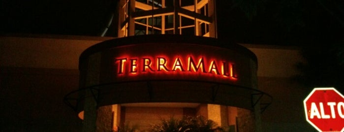 Terramall is one of Lugares favoritos de Angie.