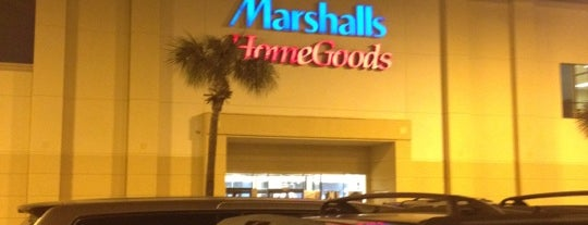 Marshalls & HomeGoods is one of Posti che sono piaciuti a Tania.