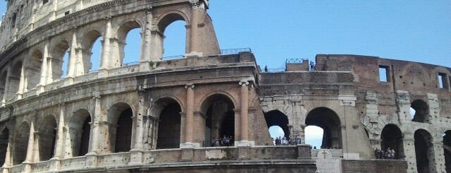 Coliseo is one of wonders of the world.