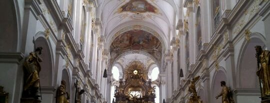St. Peter is one of All the great places in Munich.