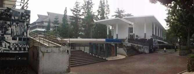 Institut Teknologi Bandung (ITB) is one of My Hometown.