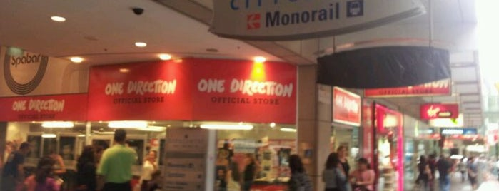 One Direction Store is one of Aussie Trip.