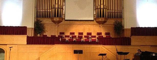 First Baptist Church of San Francisco is one of Hayley'in Beğendiği Mekanlar.