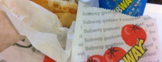 Subway is one of Lugares favoritos de Alexandre.