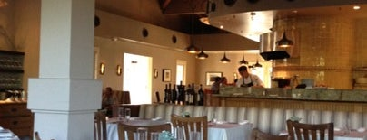 Carneros Bistro & Wine Bar is one of Lugares guardados de Harry.