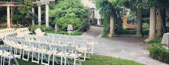 Cator Woolford Gardens is one of Cassie 님이 좋아한 장소.
