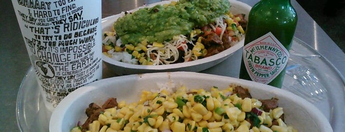 Chipotle Mexican Grill is one of Carlos 님이 좋아한 장소.