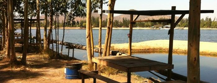 Laguna Esmeralda is one of สถานที่ที่ Estela ถูกใจ.