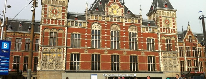 Station Amsterdam Centraal is one of European.