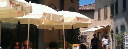 Chianti Bar is one of Manolis visited.