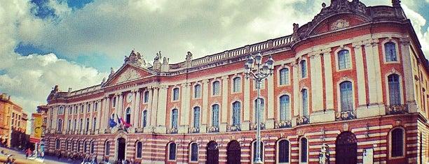Place du Capitole is one of Bienvenue en France !.