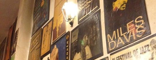 Bar Ajoblanco is one of สถานที่ที่บันทึกไว้ของ Paul.