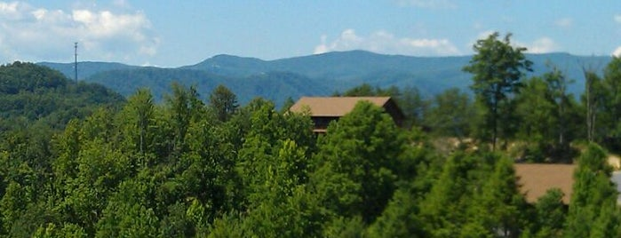 Sugar Maple Cabins is one of Smokey Mountain.