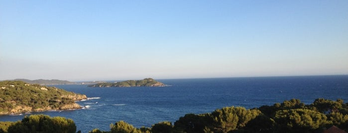 Presqu'île de Giens is one of Posti salvati di Clem.