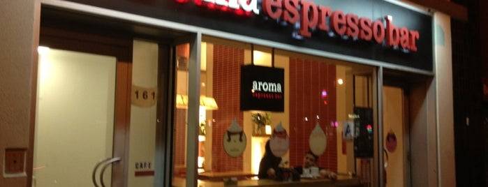 Aroma Espresso Bar is one of Lugares favoritos de Emily.