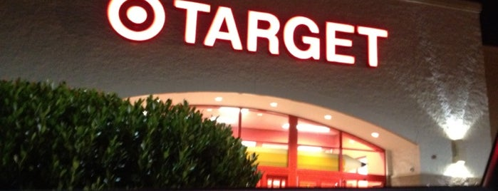 Target is one of Locais curtidos por Michael.