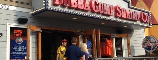 Bubba Gump Shrimp Co. is one of Locais curtidos por Colin.