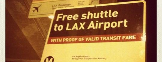 Metro Rail - Aviation/LAX Station (Green) is one of สถานที่ที่ Miguel ถูกใจ.