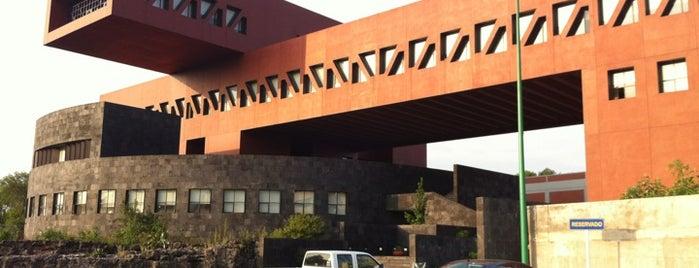 División de Posgrado de la Facultad de Economía, UNAM is one of Andrea'nın Beğendiği Mekanlar.