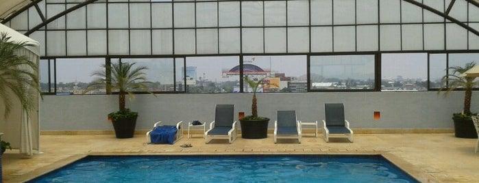 Hotel Riazor is one of Nuevos lugarcitos.