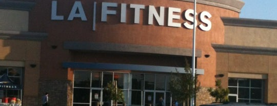 LA Fitness is one of Orte, die Oliver gefallen.