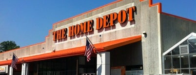 The Home Depot is one of Gさんの保存済みスポット.