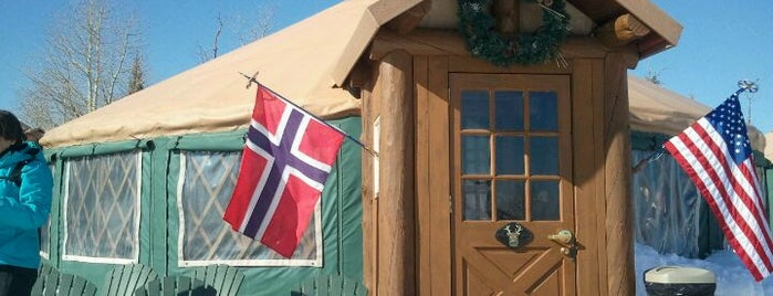 Viking Yurt is one of Orte, die Caroline gefallen.