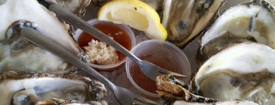 Alonzo's Oyster Bar is one of Guide to Key West's best spots.