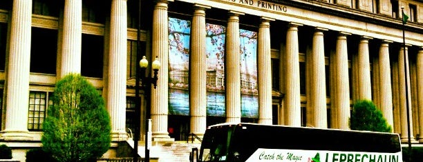 Bureau of Engraving and Printing is one of DC Bucket List.