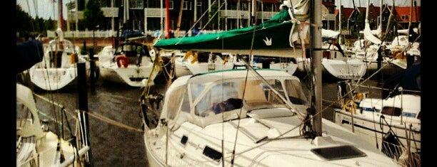 Marina Volendam is one of Amsterdam○○.