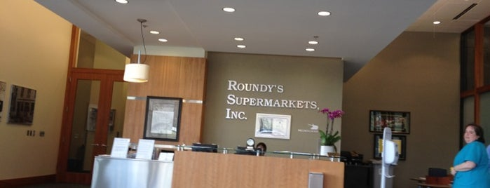 Roundy's Corporate Offices is one of Guide to My Milwaukee's best spots.